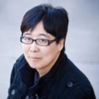 Photo of author Yoon Ha Lee.